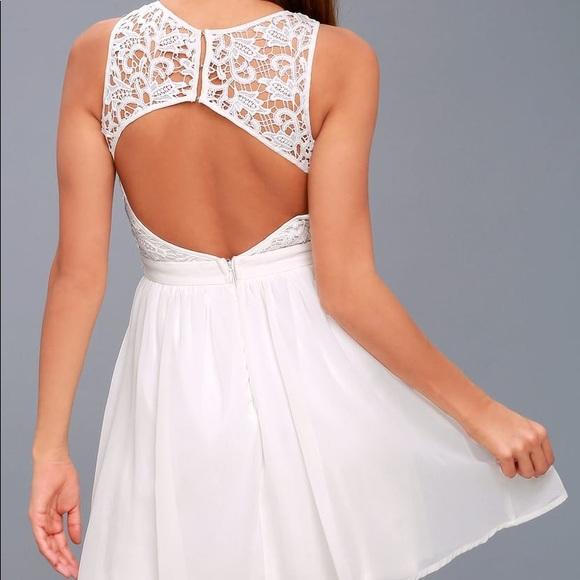 Lulu's Dresses & Skirts - LULUS WHITE LACE BACKLESS SKATER DRESS